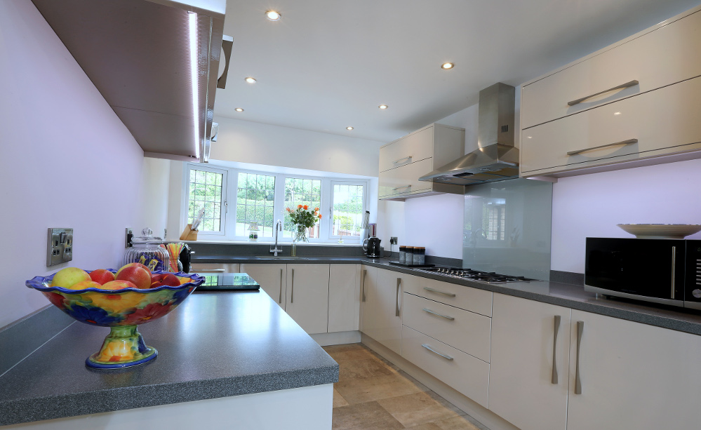Mr Heyes Design Works Kitchens