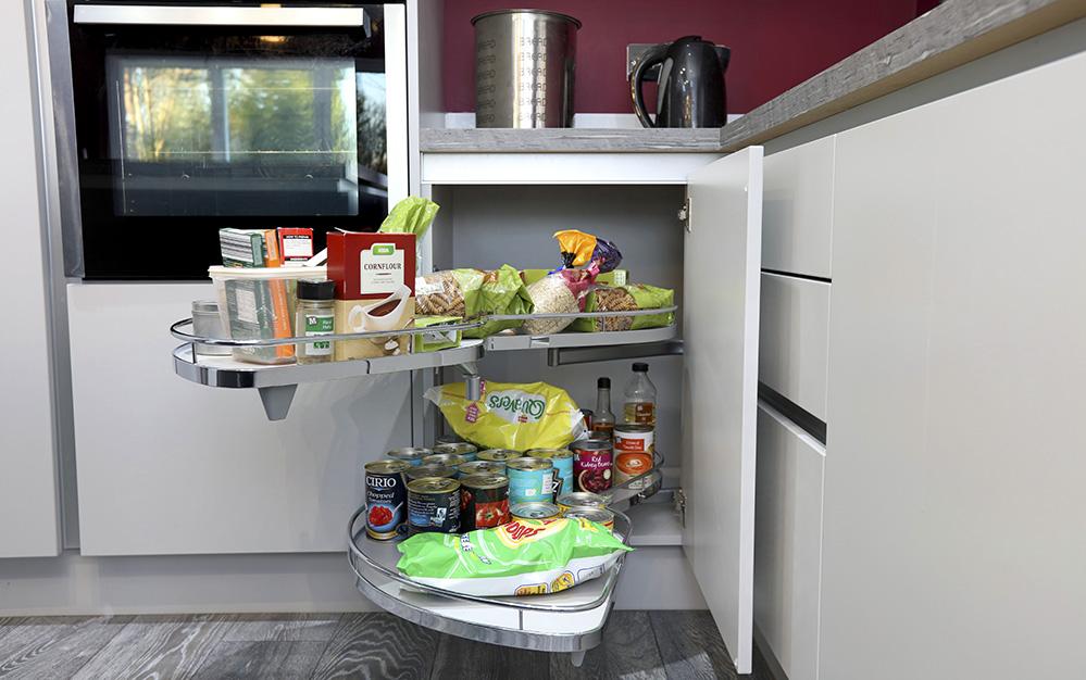 Mr sale design works kitchens for Bespoke kitchen design nottingham