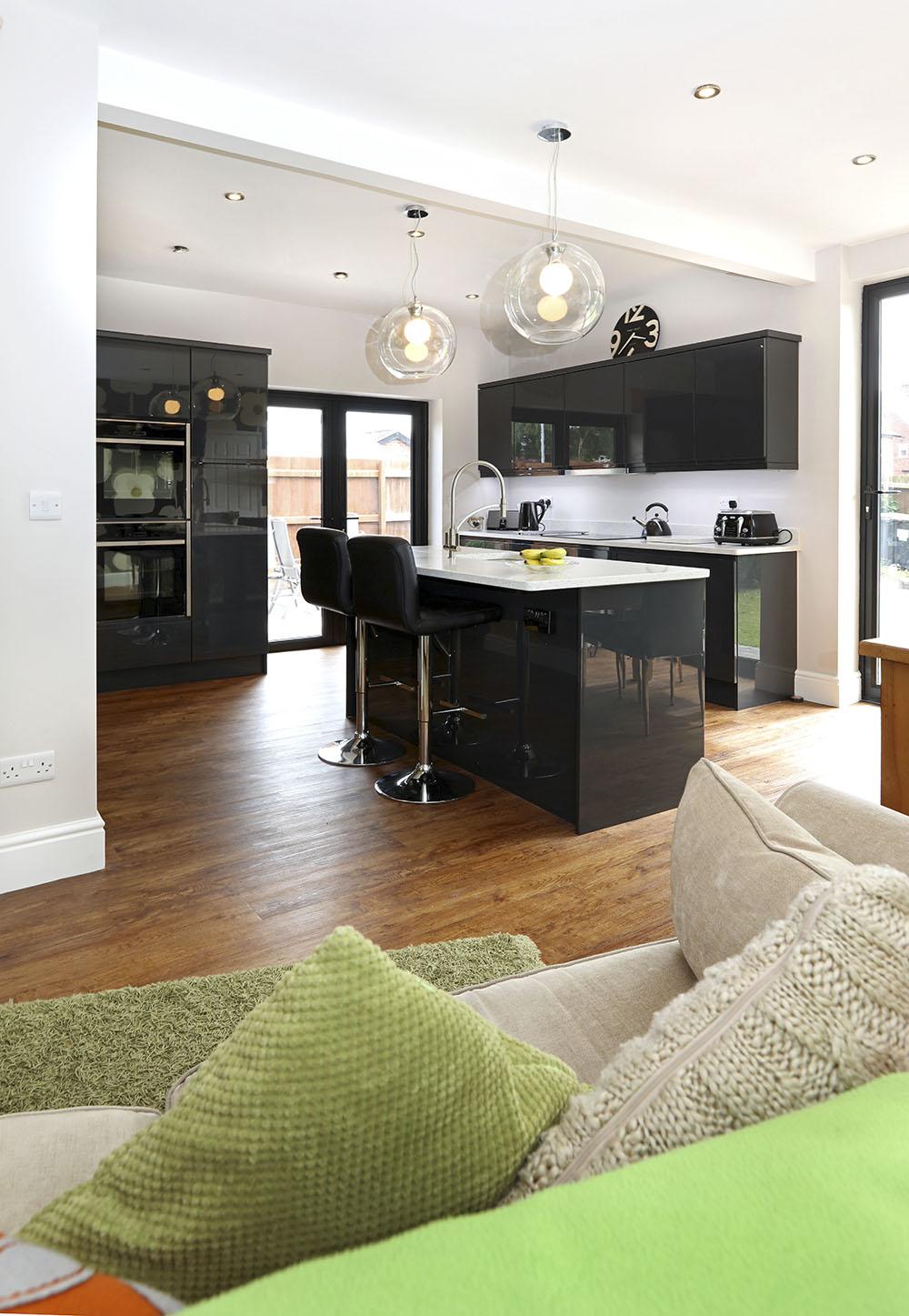 Mr chambers design works kitchens for Bespoke kitchen design nottingham
