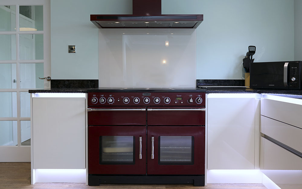 Mr mrs coleman design works kitchens for Bespoke kitchen design nottingham