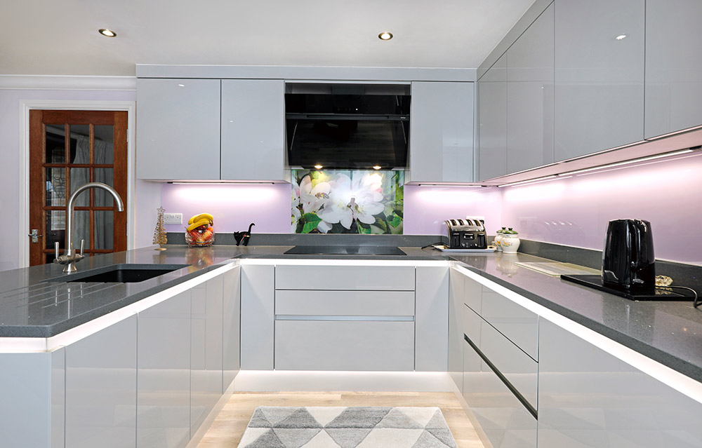 Mr & Mrs Hallworth - Design Works Kitchens